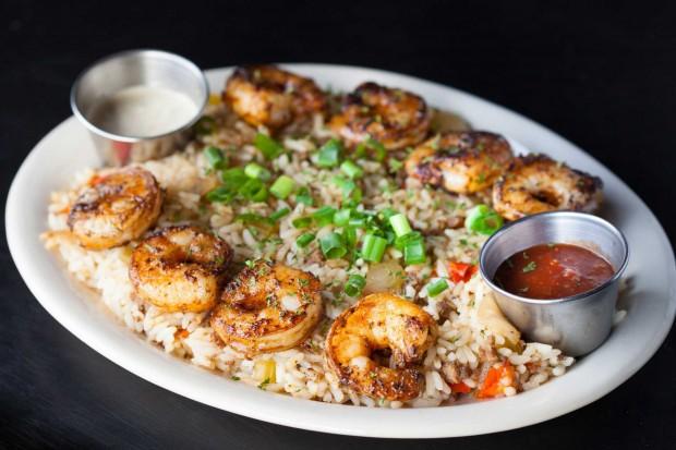 blackened-shrimp-platter