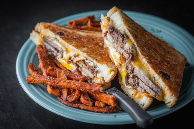 brisket-egg-grill-cheese